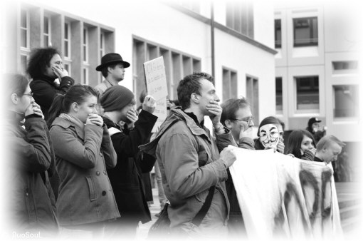 25F Flashmob, Schweigeminute vor Uni  Heidelberg.